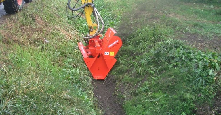 Single-Double Wheel Ditchers for Hydraulic Arm for irrigation net