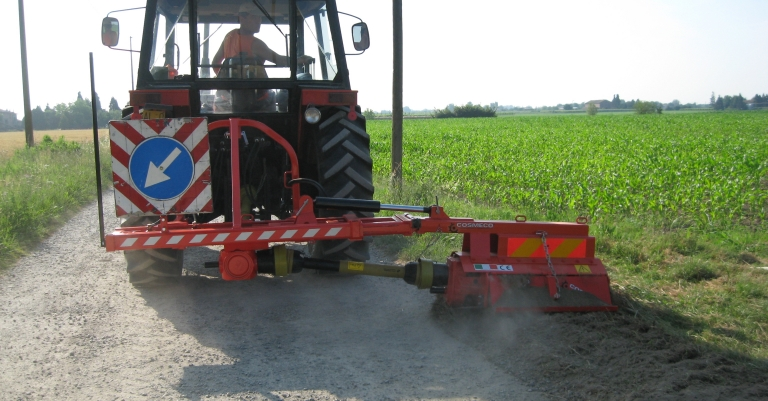 Smasher  – Machine for road verges