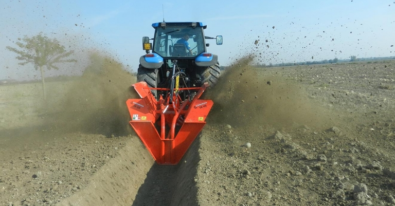 Water drainage operations with double-wheel ditchers