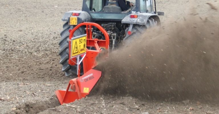 Bilateral Single Wheel Ditchers at work